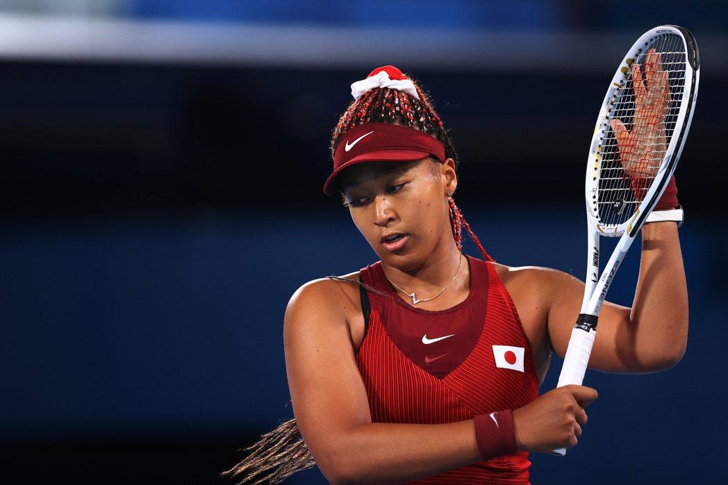大坂直美6月以心理健康為理由,宣布退出法國網球公開賽,她自曝受到憂鬱症所苦,呼籲...