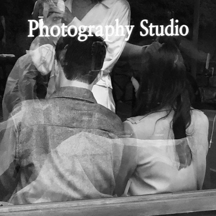 宋慧喬曬出與張基龍的黑白背影照。圖/摘自IG