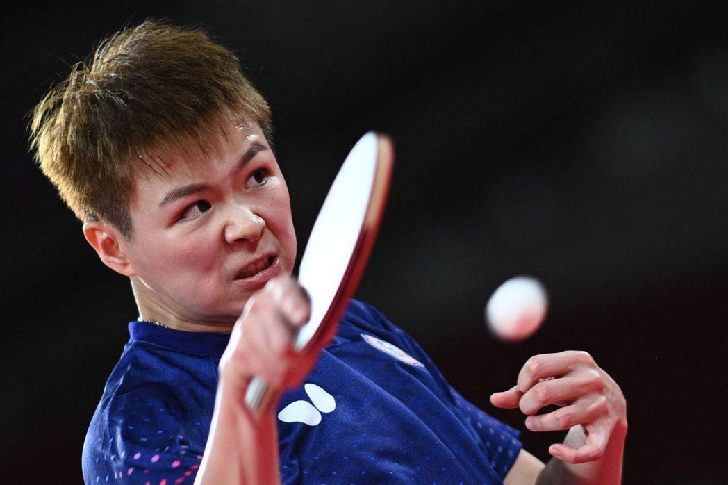 台灣桌球好手陳思羽今天出戰美國選手張安,以11比8、11比7、11比6、12比1