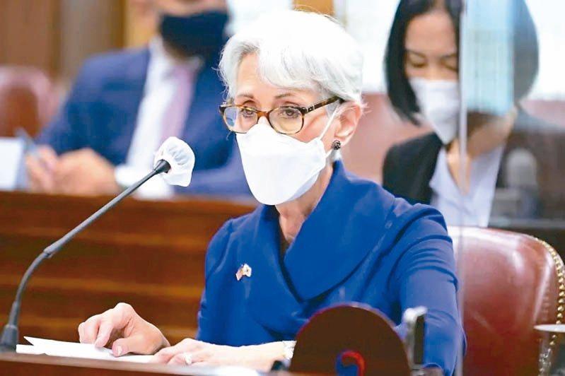 一度因會見層級爭議傳出被取消的美中外交高層會談終於登場,美國副國務卿薛曼依然在香...