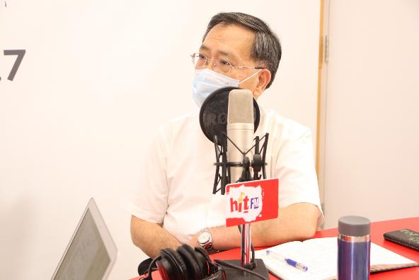北市府副市長蔡炳坤點出,唐鳳版疫苗系統有兩大問題,第一是會有兩關,許多民眾表達意...