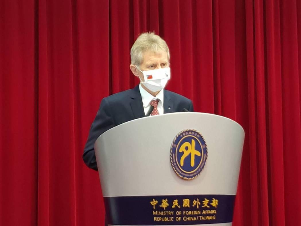 捷克宣布將捐贈我國疫苗,圖為去年訪台的參議長韋德齊。本報資料照片