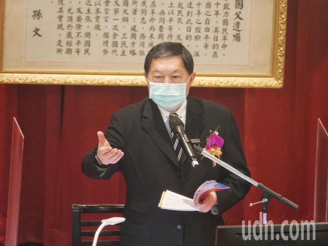 遠東百貨今天舉行股東會,董事長徐旭東出席主持,他向股東報告時表示,去年受到疫情影...