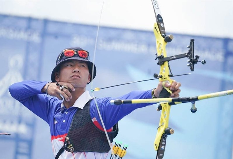台師大射箭選手魏均珩本周在東京奧運拿下男子射箭團體銀牌。圖/台師大提供