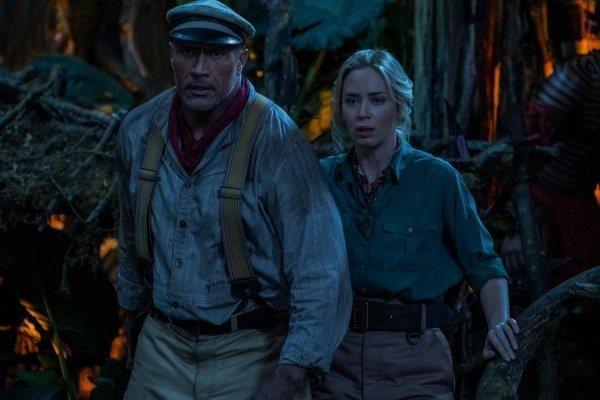 巨石強森、艾蜜莉布朗特「叢林奇航」展開大冒險。圖/迪士尼提供