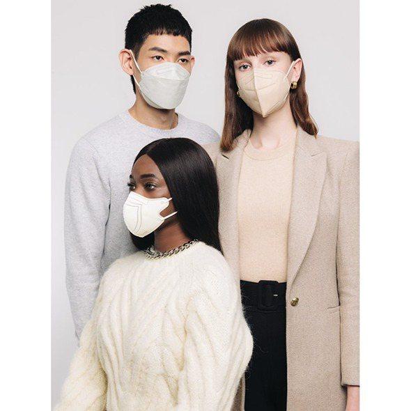 KAZE口罩有以日本摺紙技藝為啟發的3D立體剪裁。圖/團團TUANTUAN提供