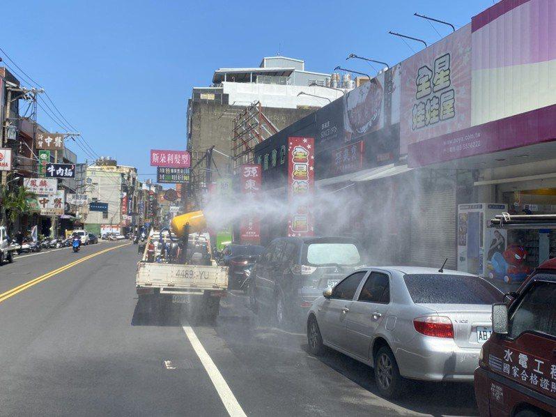 確診個案公共場所活動史地點周遭環境已由環保局消毒。圖/新竹縣政府提供
