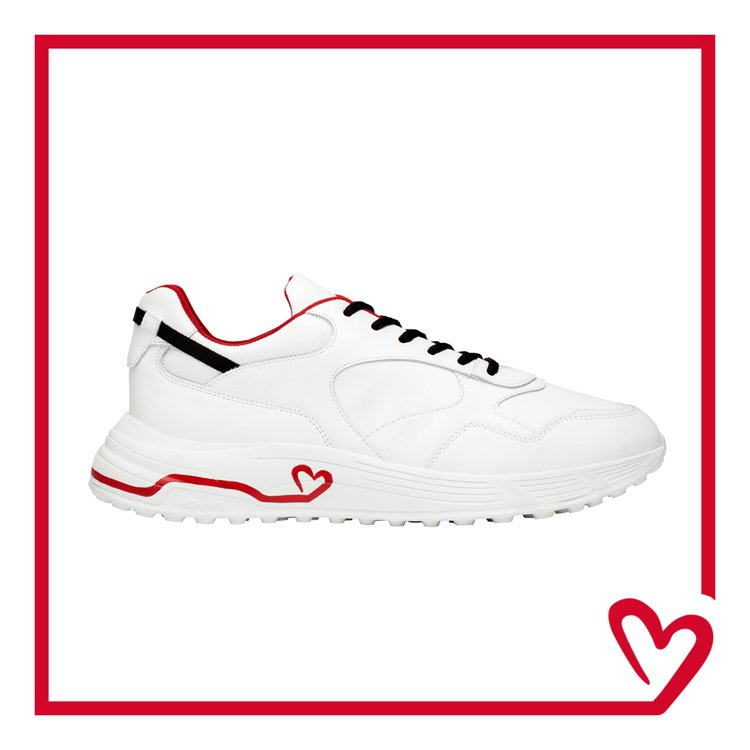 HOGAN七夕限定系列HYPERLIGHT鞋款,18,900元。圖/迪生提供