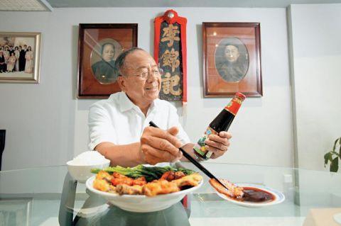 帶領李錦記集團從香港走向全球,讓百年老牌成為世界知名品牌的功臣,就是第三代傳人、...