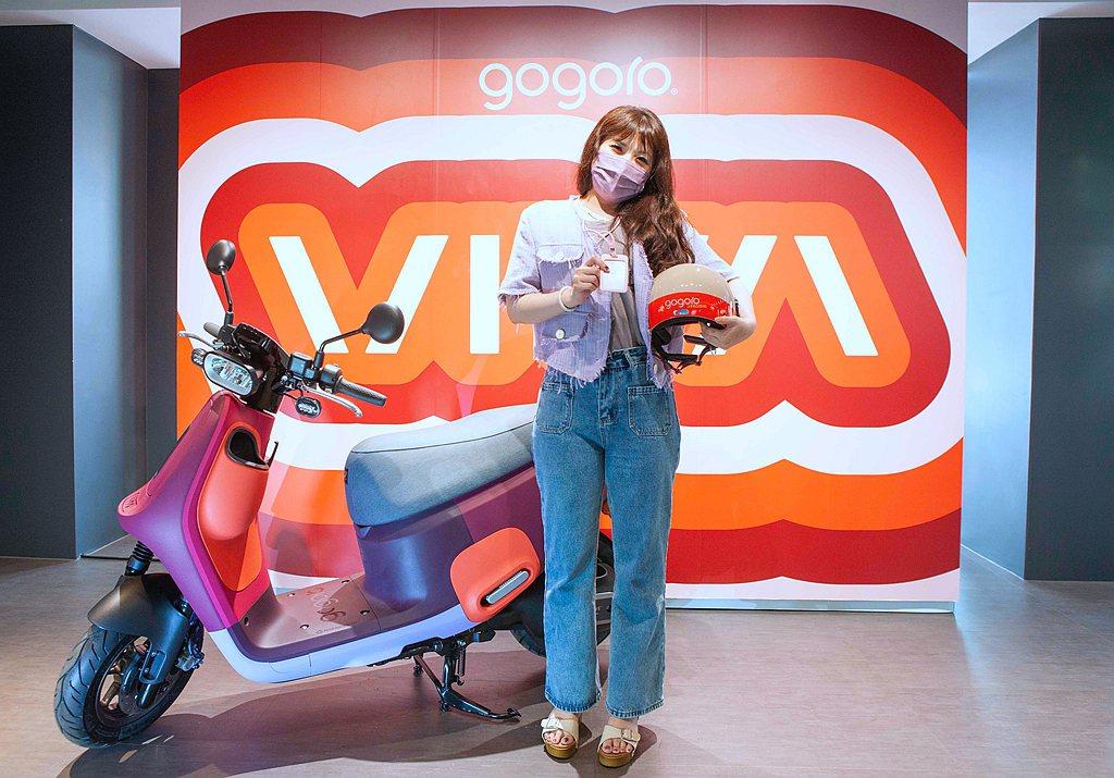 Gogoro Network第40萬名幸運用戶為新竹市的彭小姐,於Gogoro新...