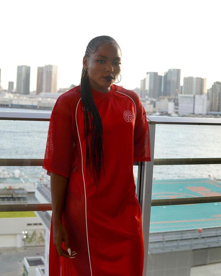 設計師Telfar Clemens包辦了賴比瑞亞奧運隊,從開、閉幕儀式的服裝,以...