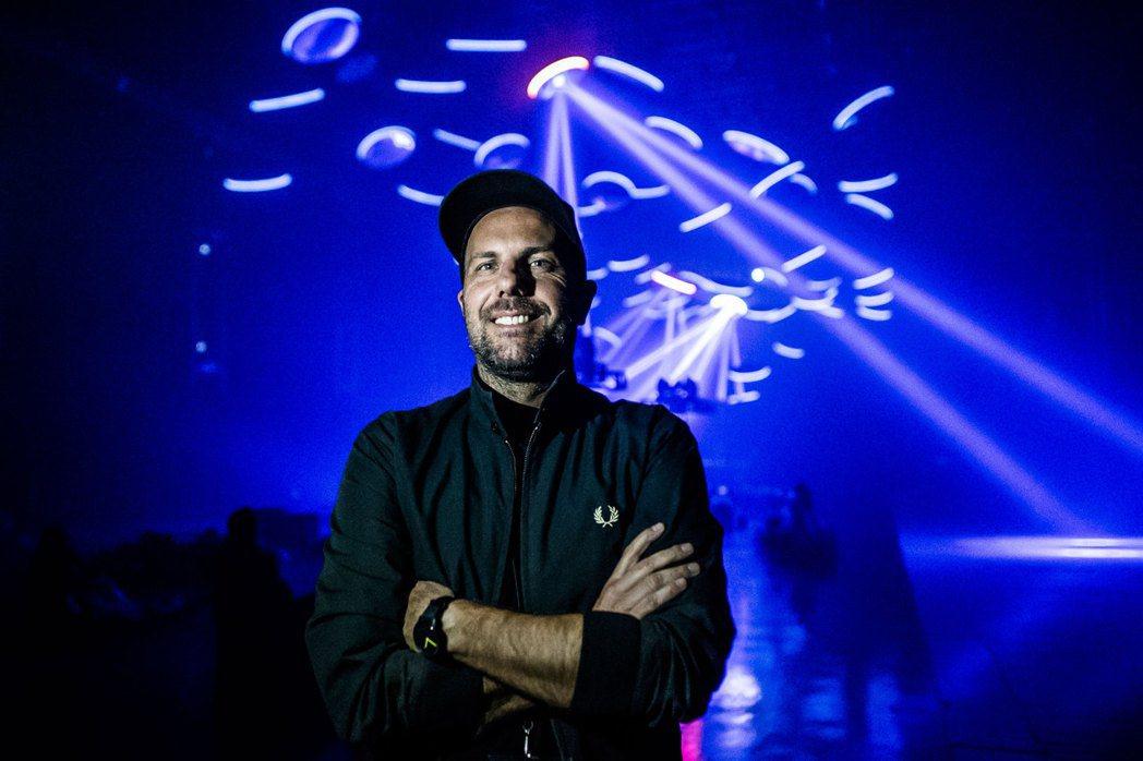 包德的作品底蘊明顯來自於派對裡的身體性與感官刺激。 ©Josue Casasol...