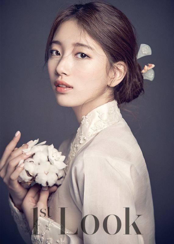 秀智2015年登上《1st Look》封面的韓服畫報,有「傳奇寫真」的超高評價。...