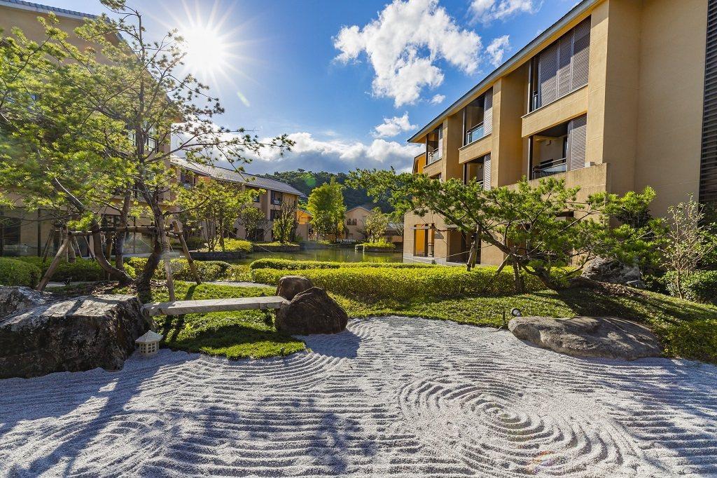 宜蘭力麗威斯汀中央庭院禪風景緻設計。