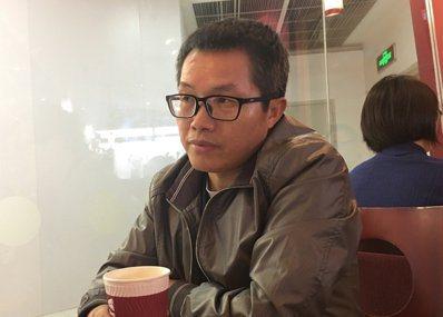 北京時政評論家鄧聿文。 報系資料照