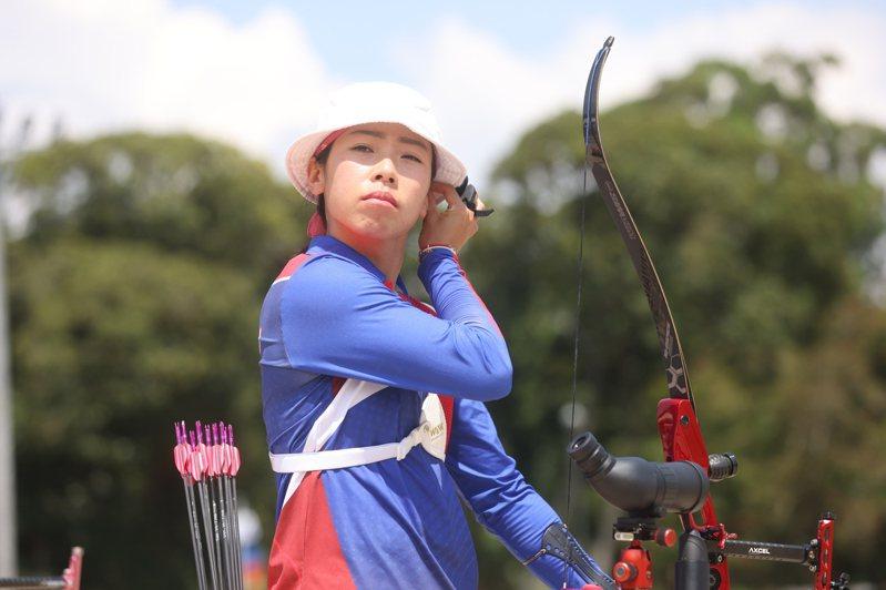 個人賽首戰就出局後IG被出征,台灣射箭女將譚雅婷今天回應酸民表示,不該隨意批評每名努力的運動員。 中央社