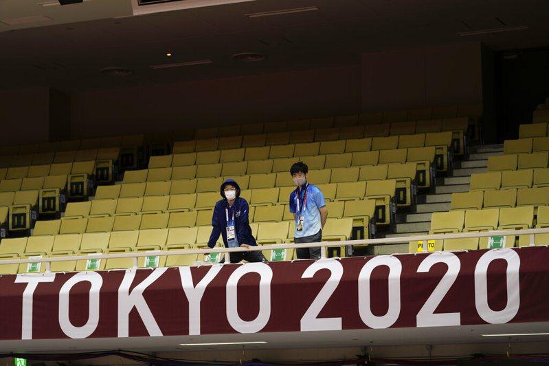 日本東京奧運暨帕運組織委員會今天表示,23日為開幕式工作人員準備的餐點,在保存期限過期前丟掉約4000份,25日也有多個比賽場地丟棄食物,組委會為此道歉。 美聯社