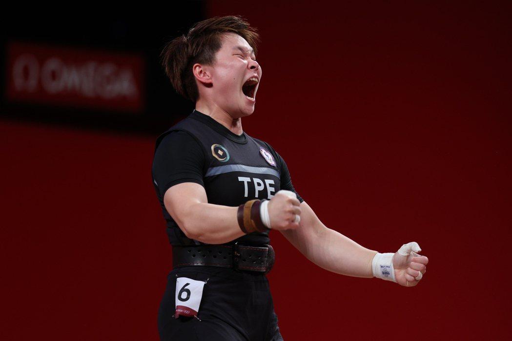 舉重女將陳玟卉在東京奧運舉重64公斤級奪下銅牌。特派記者余承翰/東京攝影