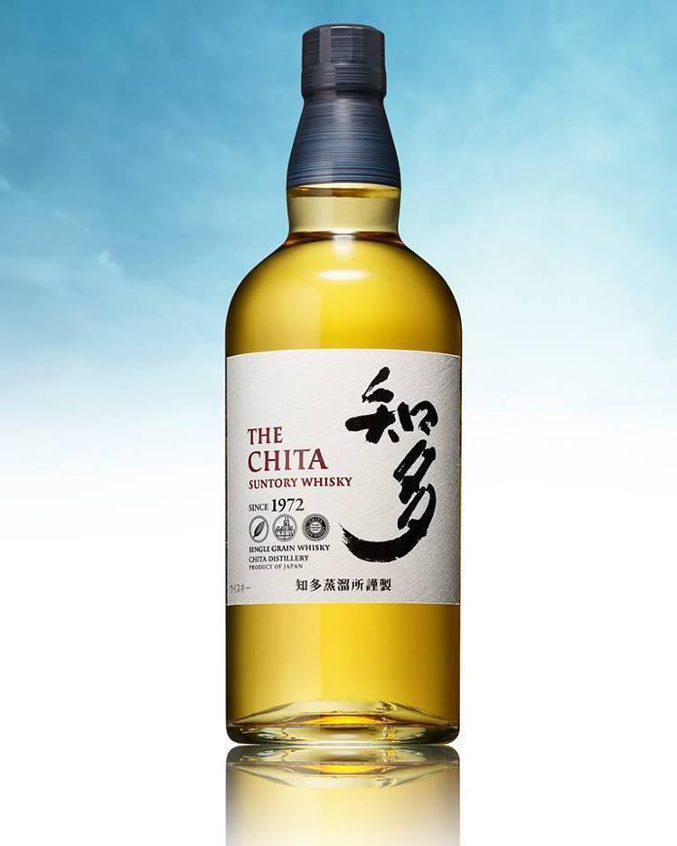 知多單一穀物日本威士忌帶著濃厚的蜂蜜口感,尾韻純淨。圖/台灣三得利提供。提醒您:...
