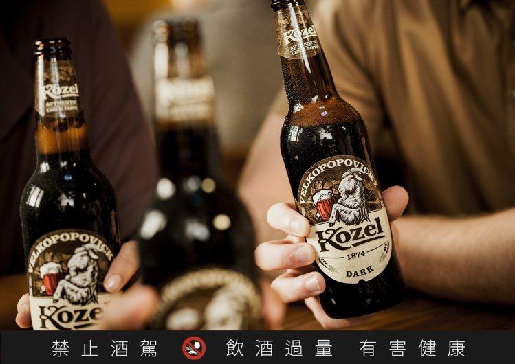 Kozel山羊淡黑啤酒在1874年誕生,超過140多年的歷史老廠,即便近年在20...