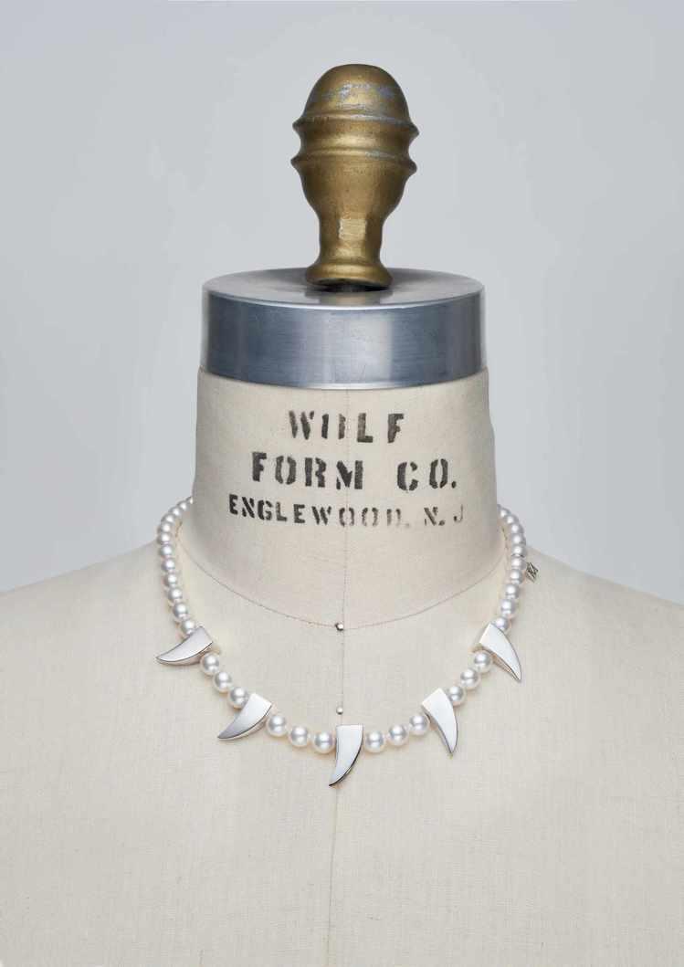 MIKIMOTO x COMME des GARÇONS聯名珍珠項鍊尖牙裝飾款...
