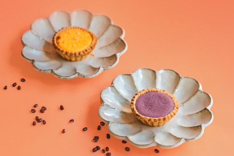 TART TAIPEI由米其林星廚林明健,揉合蛋黃酥及月餅元素,推出中秋限定酥塔...