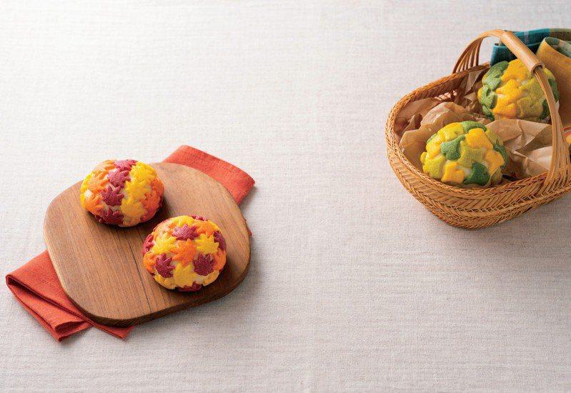 華麗的六色楓葉與銀杏造型波蘿麵包。圖/采實文化 提供