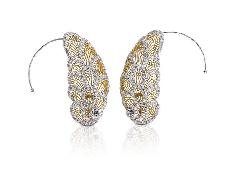 Buccellati Art系列高級珠寶耳環,宛如蝴蝶般輕巧滑美的停駐在配戴者的...