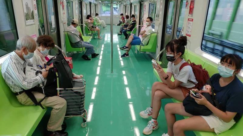 疫情降級後,中捷綠線載客量成長三成二。圖/中捷提供