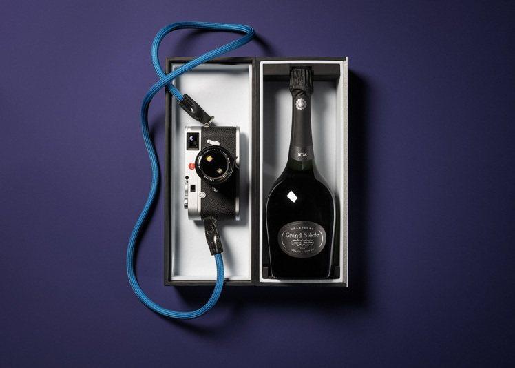 徠卡相機與羅蘭百悅香檳宣布建立全球性的合作關係,為世界各地的徠卡社群提供品味馳名...