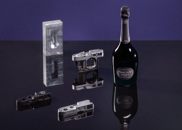 徠卡相機與羅蘭百悅香檳合作的核心,是將卓越歐洲工藝和悠久家族傳承的兩個品牌聯合在...