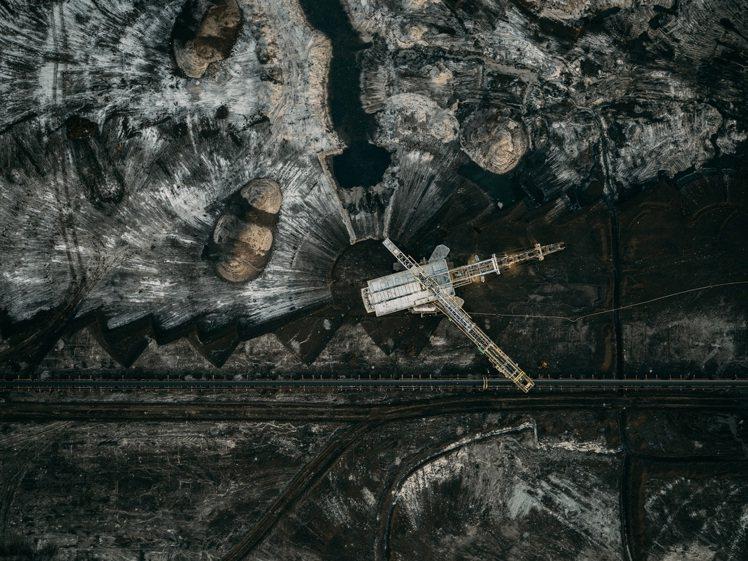 LOBA新人獎入圍者-Tom Hegen《德國煤炭開採》。圖/徠卡相機提供