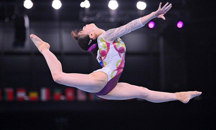 杉原愛子小學4年級時加入羽衣體操俱樂部,開始正式的體操訓練。 路透社