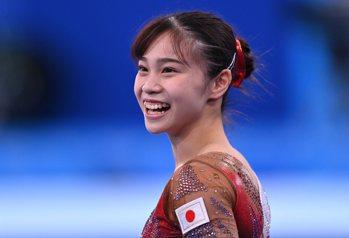日本21歲體操妹笑容超甜!火辣緊身衣驚豔網 暴動喊:戀愛了