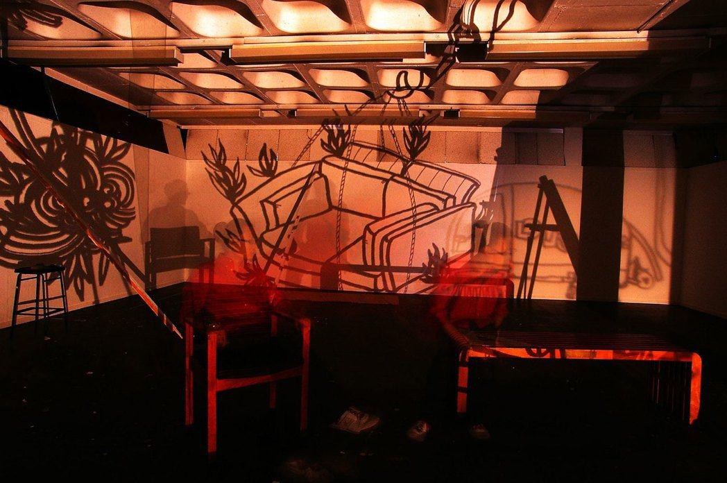 王耀邦在愛丁堡求學時期作品「Lignting Tatto」。圖/格式設計展策提供