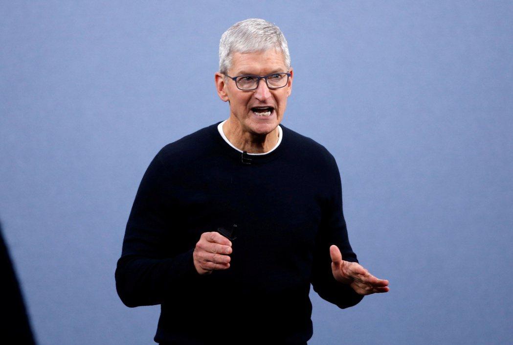 圖為蘋果執行長庫克。路透