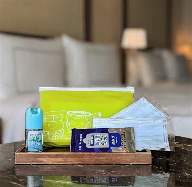 給8月入住房客的防疫包。 業者/提供