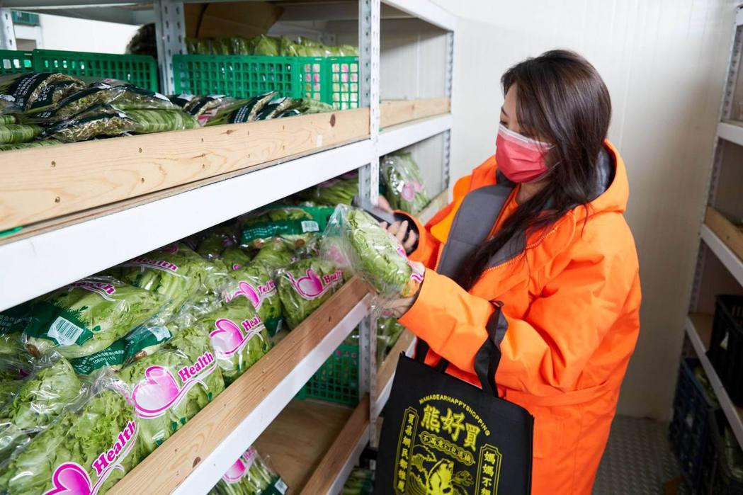 東森購物網旗下的熊媽媽買菜網,擁有冷凍、冷藏倉儲設備,每天可提供消費者快速配送服...