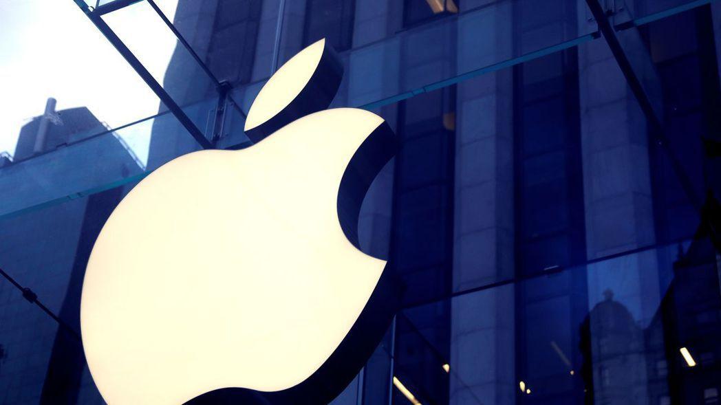 近幾年來,iPhone在蘋果營收的占比明顯縮小,分析師認為這其實是好事。圖/路透