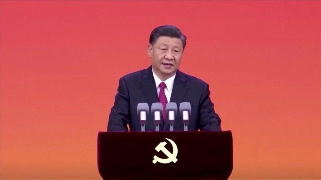中國大陸國家主席習近平不在意最新整頓措施會使股市投資人大賠,他了解中產階級會支持...