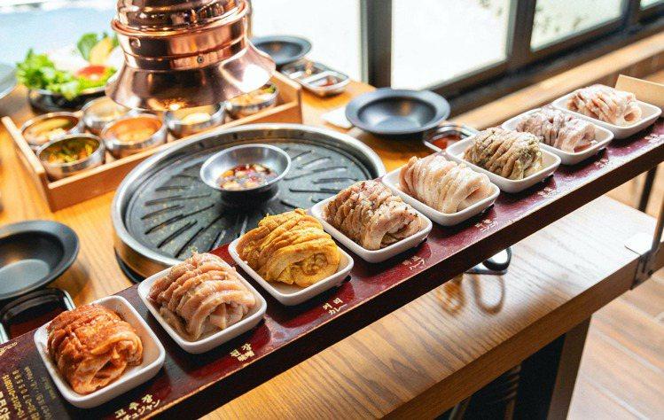 八色烤肉以8種口味的豬五花最具代表性。圖/八色烤肉提供