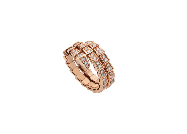 BVLGARI Serpenti Viper玫瑰金鑽石戒指,約38萬8,300元