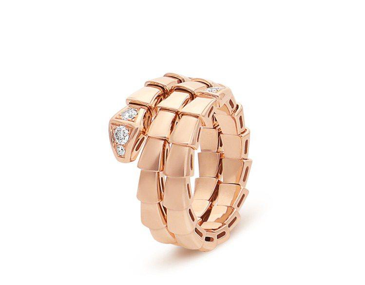 BVLGARI Serpenti Viper玫瑰金鑽石戒指,約14萬3,000元