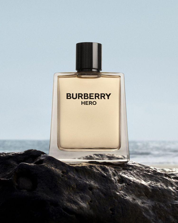 BURBERRY推出由創意總監Riccardo Tisci打造的第一款香水—男香...