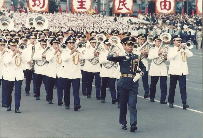 郭贊東過去在國防部示範樂隊擔任隊長,國家重要慶典都由他領導、指揮。  圖/郭贊...