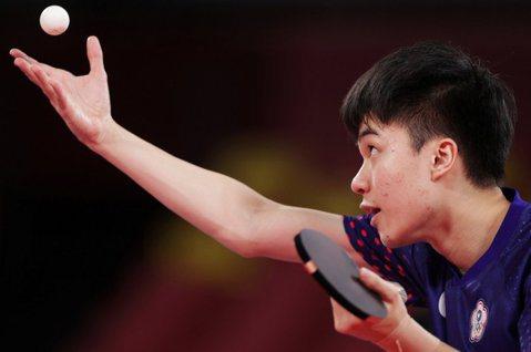 19歲桌球好手林昀儒大戰世界球王,掀起「桌球熱」。 圖/路透