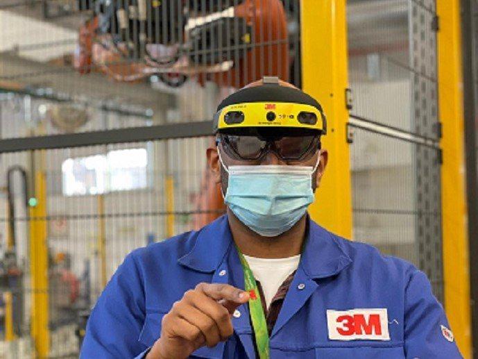 3M與微軟共同開發了Microsoft HoloLens 2 (HL2) 混合實...