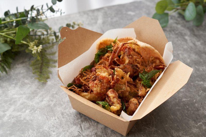 「蝦兵蟹將」之避風塘軟殼蟹外賣盒。 台北福華/提供