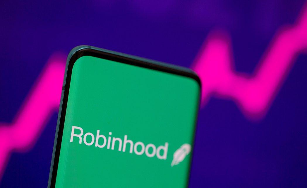 線上券商Robinhood上市首日失利,收盤暴跌8.4%,跌破發行價。路透