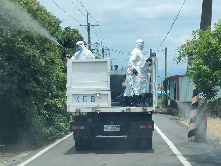 嘉義縣衛生局昨天開始到各鄉市街道消毒。圖/報系資料照片